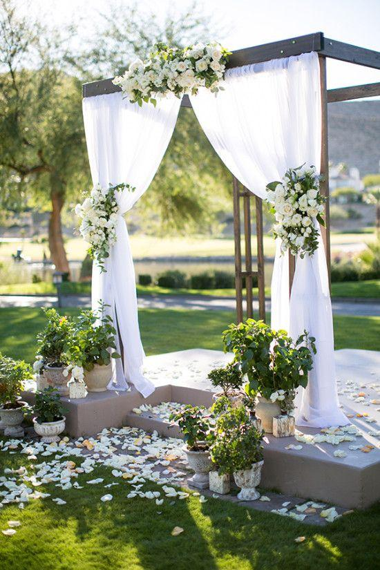 Hochzeit - This Wedding Is Out Of This World