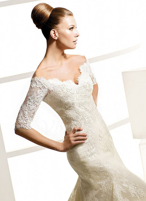 Mariage - Lace Wedding Dress with Half Long Sleeves