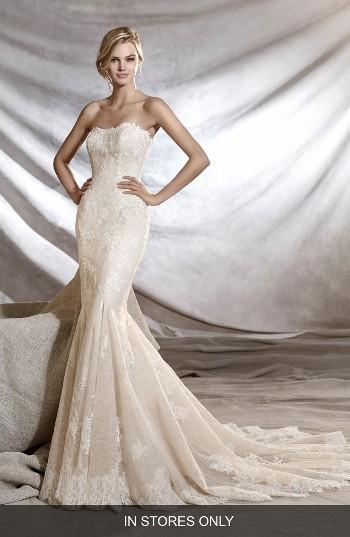 Mariage - Pronovias Orinoco Strapless Tulle & Lace Mermaid Gown (In Stores Only)