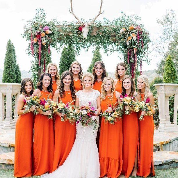 Hochzeit - Ruffled ✨ Weddings + Inspo
