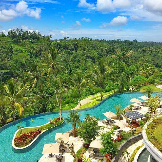 زفاف - Luxury Travel Influencer