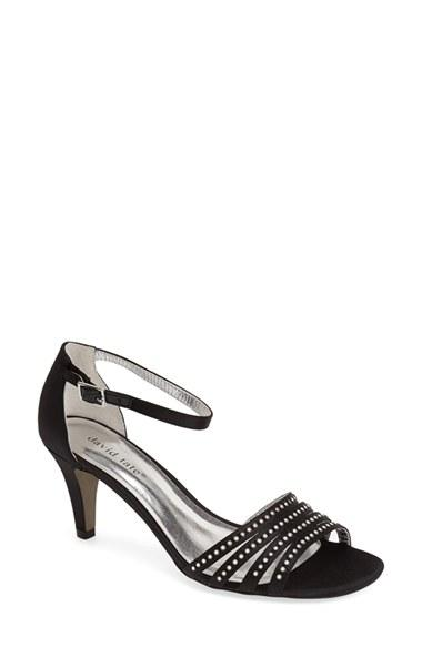Hochzeit - David Tate 'Terra' Ankle Strap Sandal (Women)