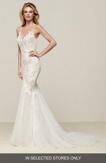 Mariage - Pronovias Drinam Lace & Tulle Mermaid Gown