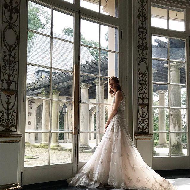 Wedding - Monique Lhuillier Bride