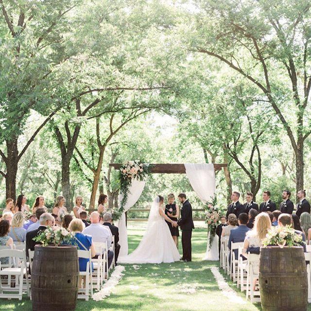 Wedding - ConfettiDaydreams Wedding Mag