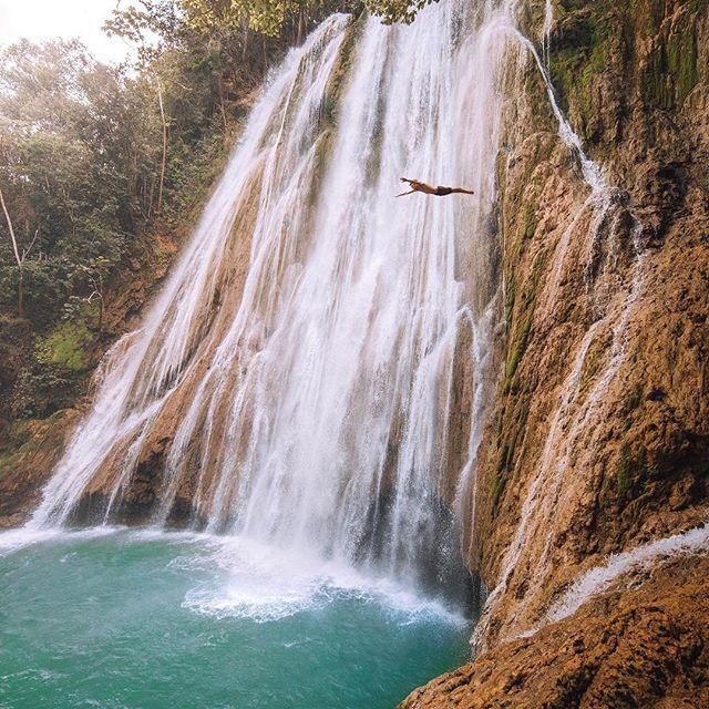 زفاف - Travel + Leisure