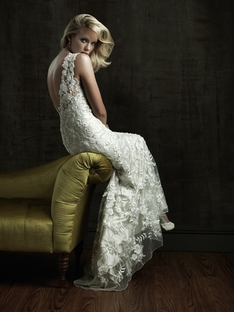 image of Allure Bridals Collection ♥ V-Back Wedding Dress