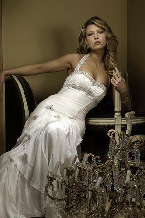 Wedding - Perla D by Pnina Tornai