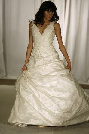 Hochzeit - McCaffrey Haute Couture