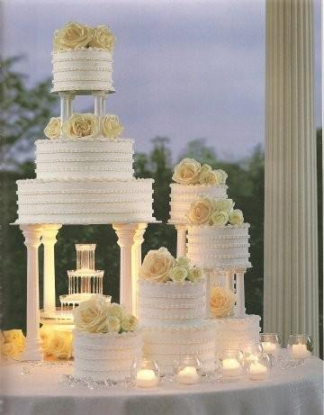 wedding cakes old school fountain wedding cake buttercream icing cake
