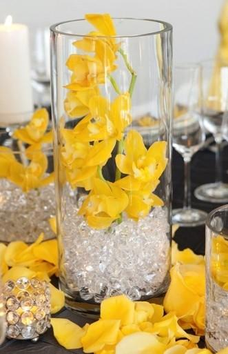 Centerpieces modern wedding  weddbook