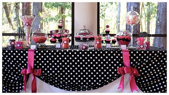50s Themed Wedding Decorations: Car s diner theme wedding decoration.