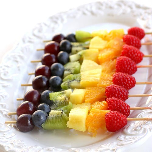Weddbook ♥ Perfect for summer! Colorful  summer wedding ideas. Rainbow fruits.