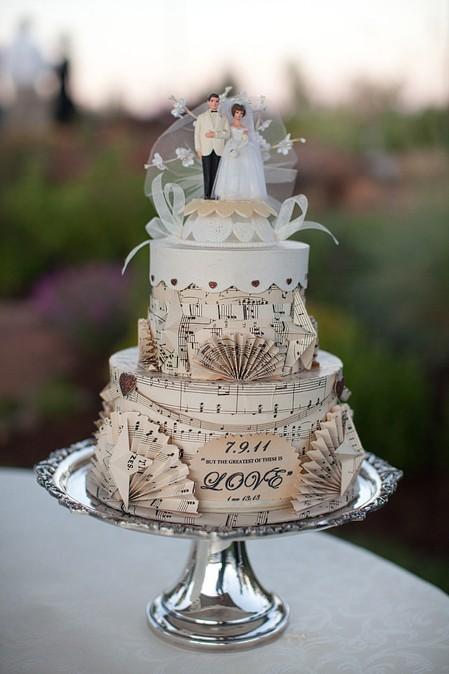 Pastel de bodas vintajge de utileria - Foro Banquetes - bodas.com.mx