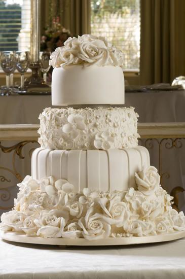 White Fondant Special Wedding Cake