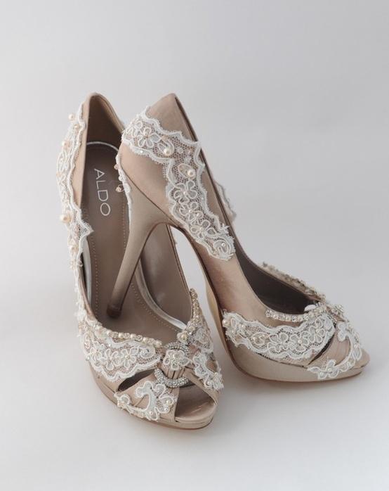 Hochzeit - Chic und modische Brautschuhe
