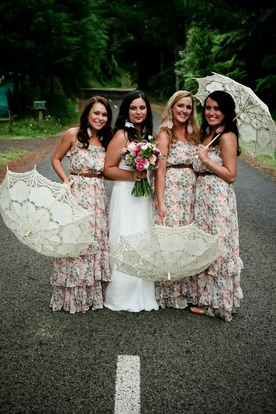 Lovely Bride And Bridesmaids Photography With Gorgeous
