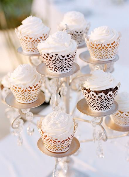 Special Wedding Cupcake Decorating ♥ Lace Wedding Cupcakes
