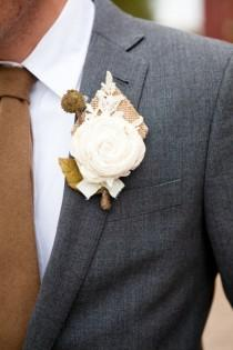 wedding photo - Burlap Boutonnieres For The Grooms