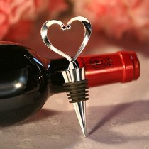 wedding photo - Heart Wine Bottle Stoppers wedding favors