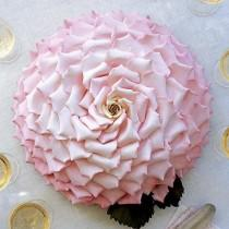 wedding photo - Удивительные Огромные Розовые Розы Торт ♥ Красиво Украшенный Торт