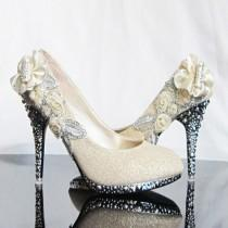 wedding photo - Ivory and black glittering high heels shoes
