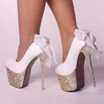 wedding photo - Sexy Glitter verzierte Spike Diamante Bowknot-Spitze Platform Parteigerichts High Heels