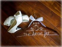 wedding photo - Mariage Disney mariée Hanger / mariage Hanger / Cendrillon Hanger / Disney / Personalized Hanger / Hanger nuptiale