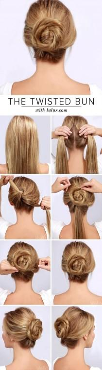 wedding photo - 50 Simple Five Minute Hairstyles For Office Women: DIY