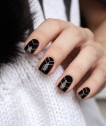 wedding photo - Negative Space Nail Designs To Try ASAP