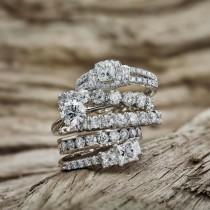 wedding photo - Diamond ring
