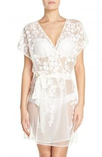 wedding photo - Flora Nikrooz Evette Venise Lace Wrap