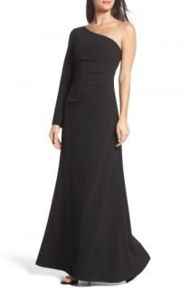wedding photo - Vince Camuto Ruched One-Shoulder Crepe Gown
