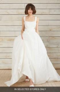 wedding photo - nouvelle AMSALE Cris Triangle Cutout Taffeta Ballgown