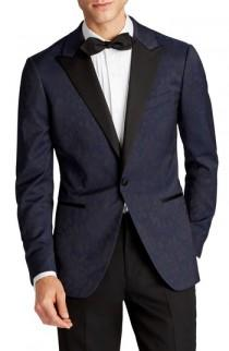 wedding photo - Bonobos Capstone Slim Fit Stretch Dinner Jacket