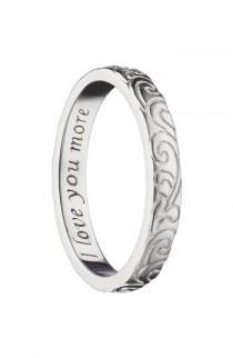 wedding photo - Monica Rich Kosann Love You More Scrollwork Ring