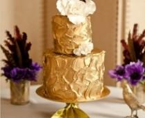 wedding photo -  Purple And Gold Wedding Ideas