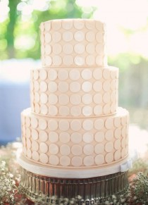 wedding photo -  Chic Fondant Wedding Cakes ♥ Wedding Cake Design
