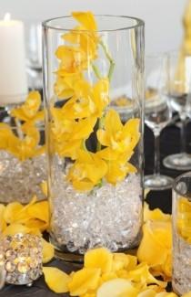 wedding photo -  Modern Wedding Centerpieces