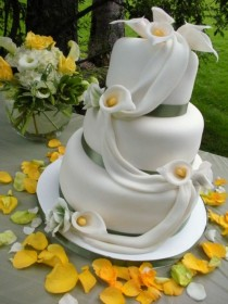 wedding photo -  Special Fondant Wedding Cakes ♥ Yummy Vintage Wedding Cake