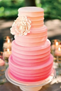 wedding photo - Ombre Wedding Cake ♥ Hochzeitstorte Design
