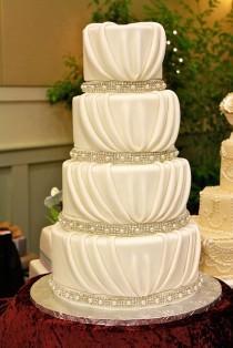 Special Yummy Wedding Cakes
