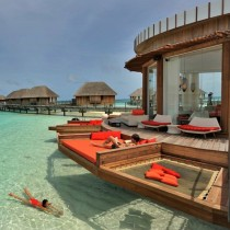 wedding photo - Luxury honeymoon hotel with crystal clear pool