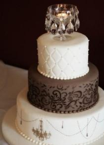 wedding photo - Fondant Chocolate Wedding Cakes ♥ Wedding Cake Design