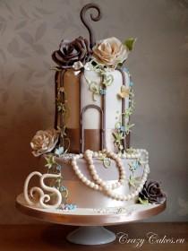 wedding photo - Special Wedding Cakes ♥ Vintage Wedding Cake Decorations