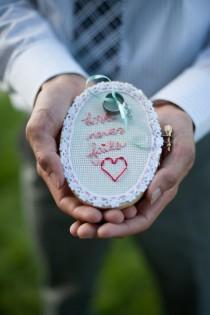 wedding photo - Handmade Подушка обручальное кольцо