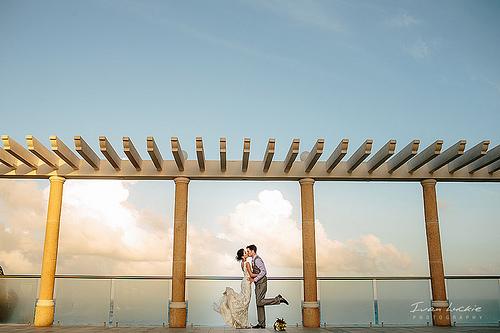 Shannon And Daniel Sandos Cancun Wedding Photography Ivan Luckie 1